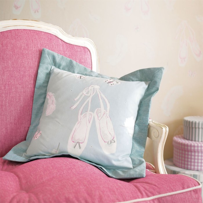Big product ballet shoes cushion fb detail med